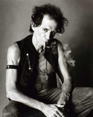 Keith Richards smoking, Boston