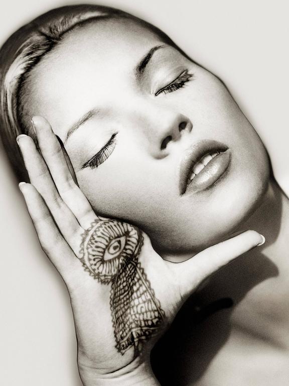 Kate Moss, Sun and Henna, Marrakech
