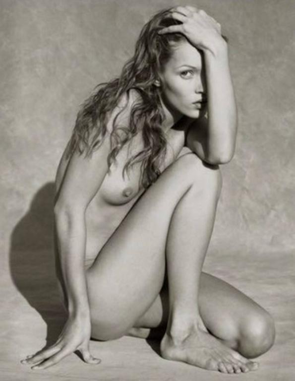Kate Moss Marrakech Front II