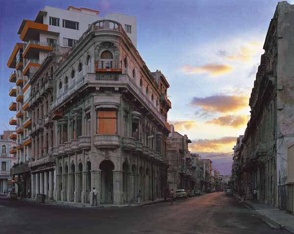 Avenida San Lazaro (from the Paseo del Prado), Centro Habana, Havana