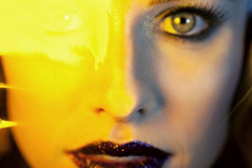 Sydney's Yellow Eyes