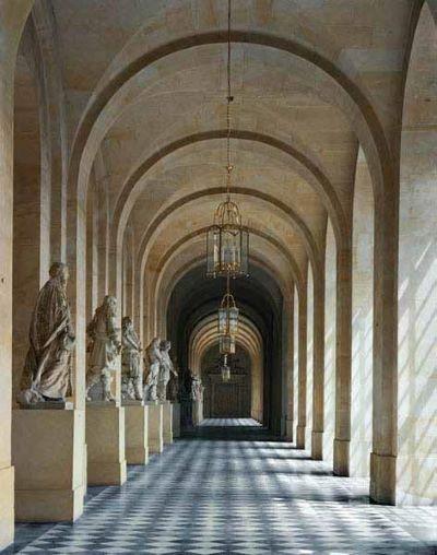 Galerie de Pierre, Chateau de Versailles, 1985