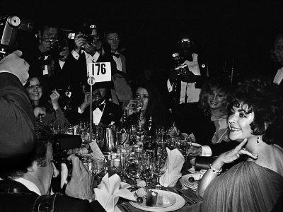 Liz Taylor and Paparazzi, Night of 100 Stars, NYC 1982