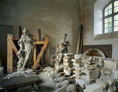 Réserve de sculpture, Chateau de Versailles, 1985