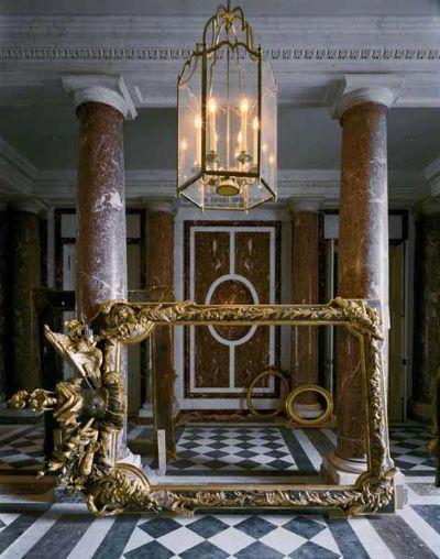 Vestibule Chateau de Versailles, 1986