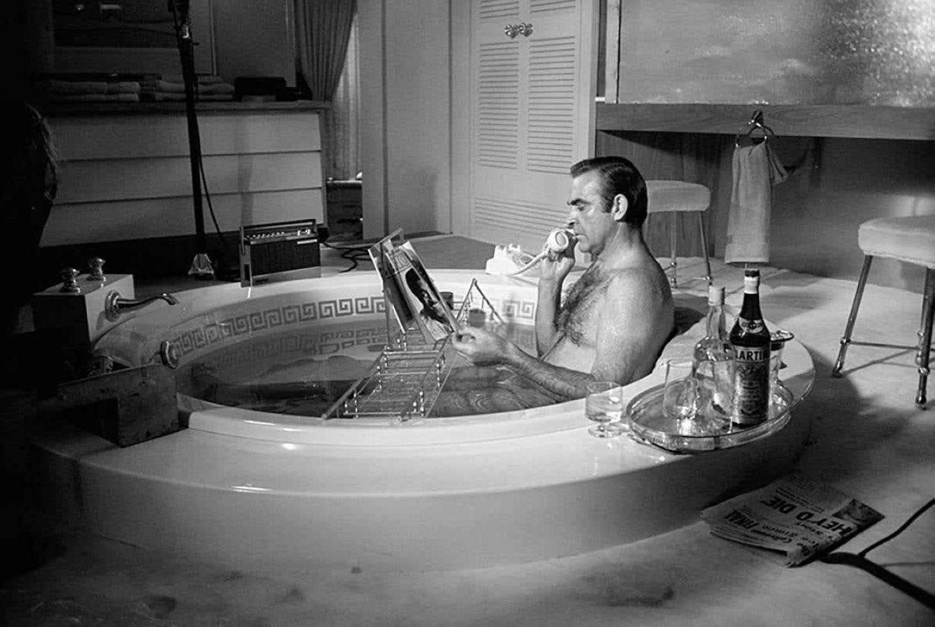 Sean Connery in Bathtub